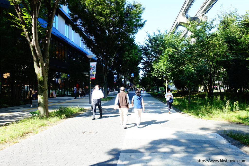 グリーンスプリングスは駅から歩いて8分で気軽に足を運べる!